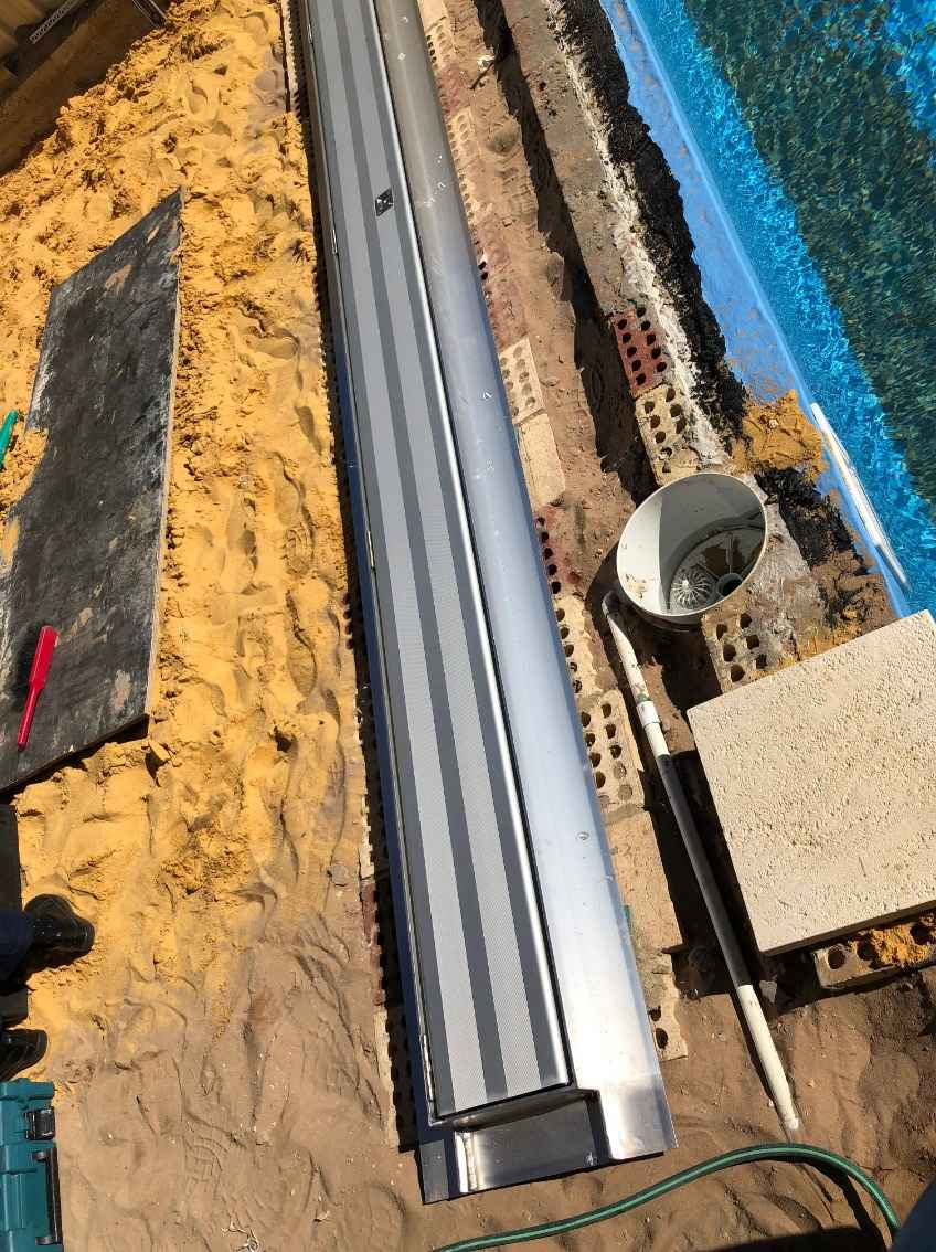 Construction of Below ground pool blanket cover